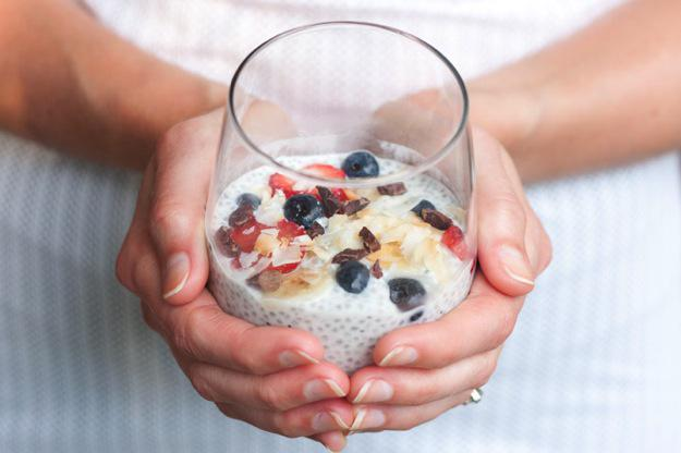 A2: I love making this Banana Split Chia Seed Pudding! http://t.co/EY1J0Im6RS #BananaSplitDay http://t.co/fbrKEPLxqg