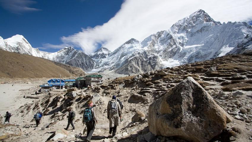 Big News: Mount Everest has been reopened to climbers. Read more via @OutsideMagazine: http://t.co/B1DQVpFXI7 #Nepal http://t.co/ftYlZix8mC