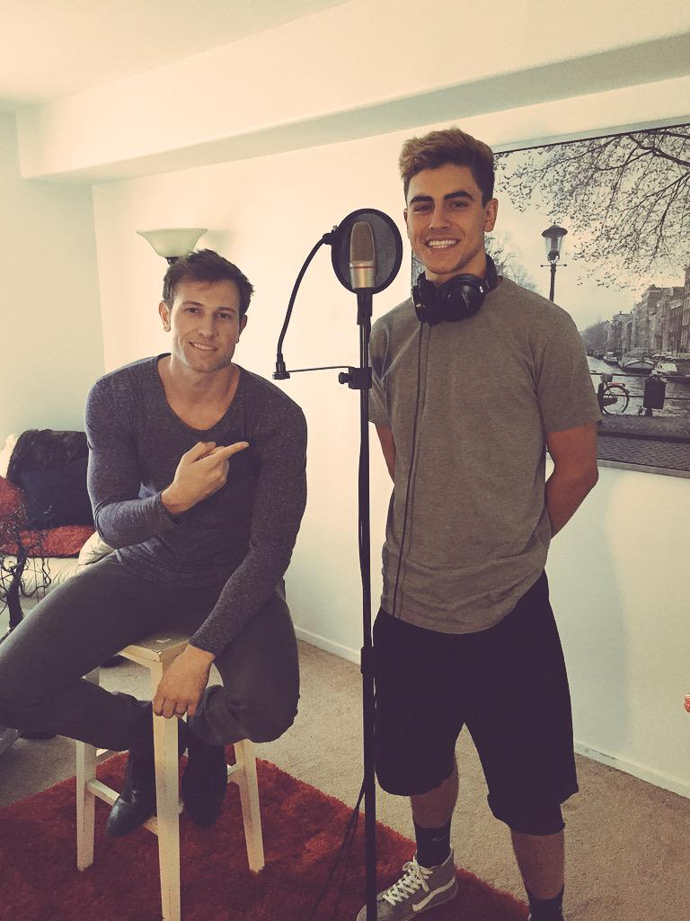 Lookout for @jackgilinsky, this guys working Hard for his upcoming tour!! Vocals on point.  #jack&Jack #JRHvocals http://t.co/gnduiwMD9N