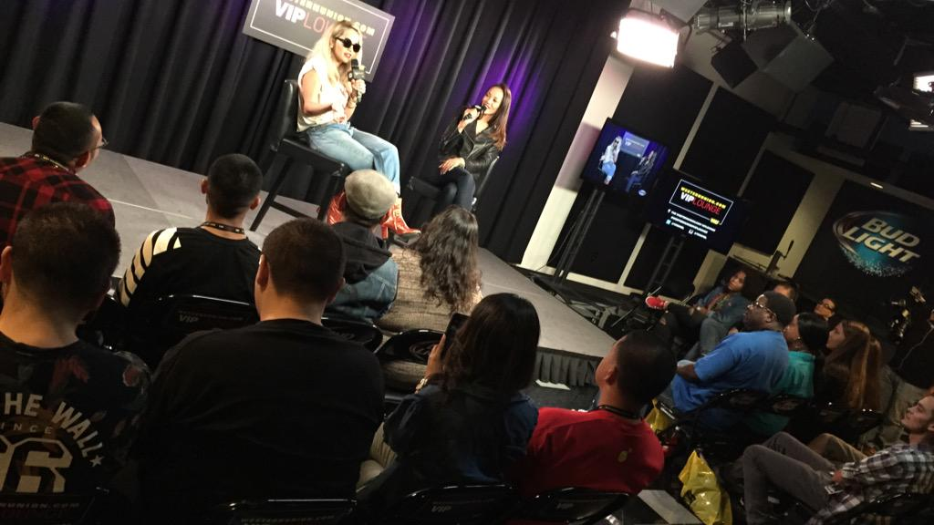RT @106KMEL: Our girl @RitaOra is chillin w @ShayDiddy in the #WesternUnionVIPLounge! Follow us on snap chat - iheart106kmel http://t.co/Sy…