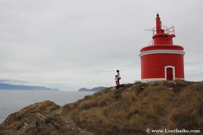 Cabo Home, la franja litoral con mayor concentración de #faros del mundo http://t.co/vwiyff0RhT #GaliciaMola #galicia http://t.co/MZlFFX8dkg