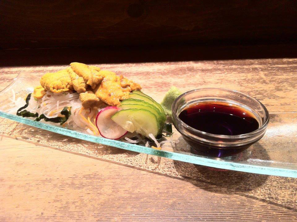 Guu in B.C. get fresh sea urchin sashimi tonight!! http://t.co/VlvzJPQk3X