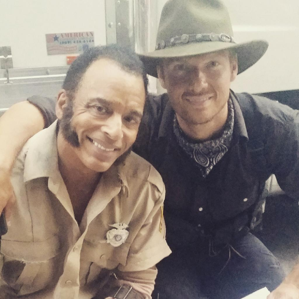 On the set of the new movie #dead7 with @nickcarter  #scifi http://t.co/RFZjhKeqdO