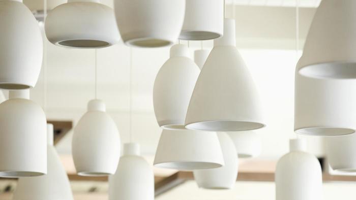 Cómo colgar lámparas colgantes