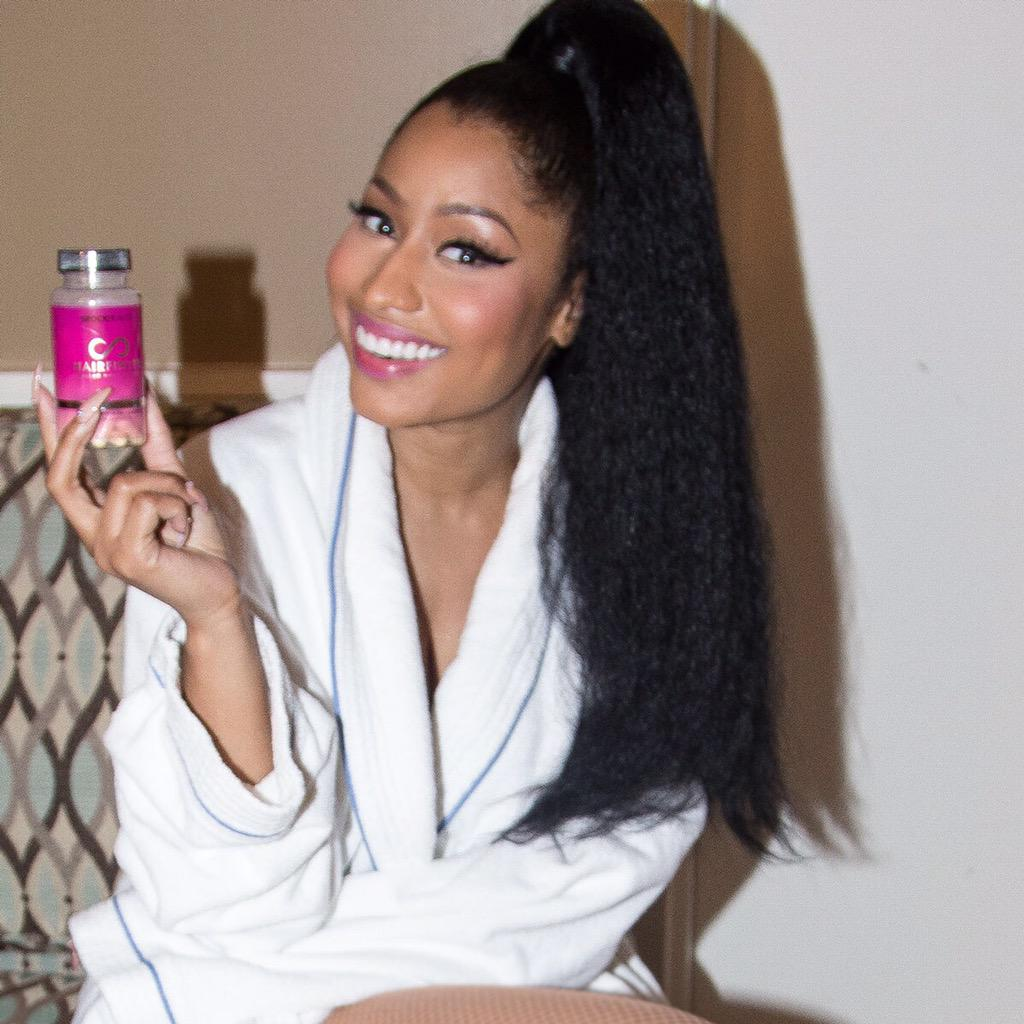 I love that @hairfinity actually works. Can't go on tour without it. ????????❤️???? http://t.co/rbdzpm48oY