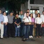 """""""@DPSColombia y #SENA firmaron un convenio para apoyar proyectos de emprendimiento por $4mil millones"""" @JuanManSantos http://t.co/JnmJ6lCOZ7"""