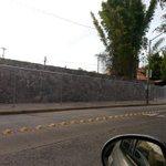 @AytoGDL @Trafico_ZMG @Megacable @policiaGDL se puede violar el libre transito siiii http://t.co/vIbpyH2NXy