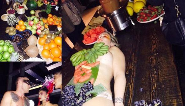 Remarkable, rather Women naked in fruits