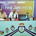 Firmamos el convenio de renovación con @RealJaenCF http://t.co/E9O0bZhdzl
