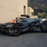 We have the 1989 Batmobile at #Wyntercon, but check out the NEW Batmobile... Mmmmm http://t.co/MEiahaubUj #EBHour http://t.co/mcUaJCEDQt