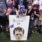UPDATE: Goodell announces #NFL will appeal Brady ruling on #deflategate: http://t.co/SMHRLzorg9 http://t.co/Xk9jN7Bf9n