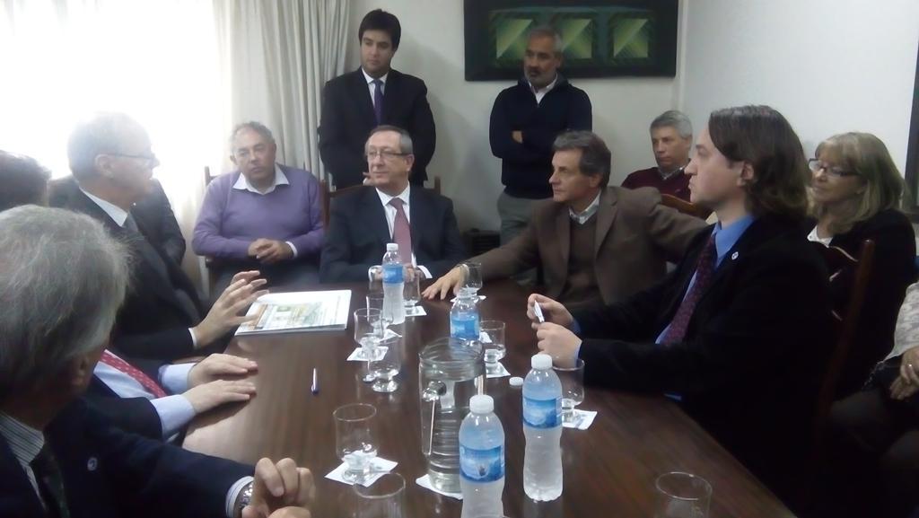 #MedicinaUNMdP Aprobada la carrera de Medicina con la presencia de los ministros de Salud de Provincia y Nación http://t.co/my7yOfzjQR