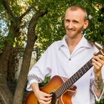 #ChicoCA musician Bryan Anthony Phoenix croons hot love song, weekly E-R sessions video: https://t.co/ck5NGPskZQ http://t.co/OELkd0eMJO