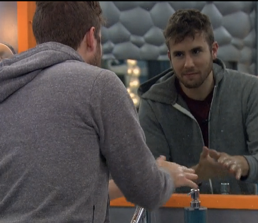 Do you want Steve to flip on the Austwins? RT for YES FAVE for NO! #BB17 http://t.co/5JtKAVtyrI