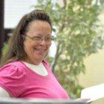 BREAKING via @AP Judge orders defiant Kentucky clerk to jail after she refuses to issue marriage licenses http://t.co/k37KyvoELw