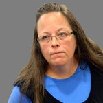 #BREAKING Kentucky judge has ordered Kim Davis into custody for same-sex marriage refusal @wusa9 http://t.co/VQdfJP1w4Q
