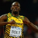 Usain Bolt wins gold for the 200 meter race at the #WorldAthleticsChampionships. http://t.co/G9pyk0eJ2Y http://t.co/swmE5qF8xx