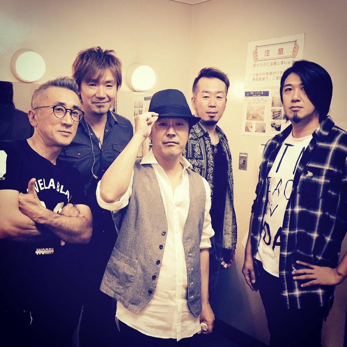kobukuro奇跡ツアー24本目。 名古屋ガイシホールファイナル終了! すごく楽しかっただけに寂しいけど、 また明日から頑張ります! ありがとうございました!!! http://t.co/GxIeKEWvjq