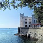 Perché non venite a trovarmi oggi? (IG ph. ireneguerrato) http://t.co/F37NdkPysH #Trieste #Miramare #DiscoverTrieste http://t.co/OxS9Yt3K30