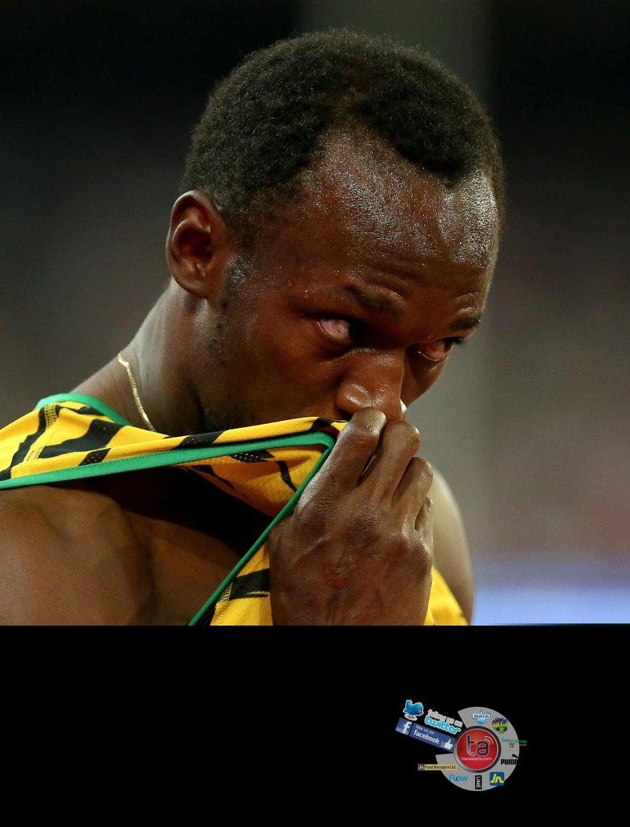 Usain @usainbolt 19.56 takes the men's 200m final #Beijing2015 #CaribbeanChase http://t.co/k7Zcbg8uEp