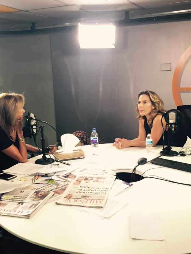 @Adela_Micha en entrevista con @katedelcastillo  en @Imagen_Mx http://t.co/EClXuq3GFN