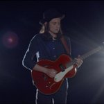 """#VMA nominee: Artist To Watch """"Hold Back The River"""" by @JamesBayMusic Watch on @MTV: http://t.co/wUZbFUQSnp http://t.co/OFrZLfxm4S"""
