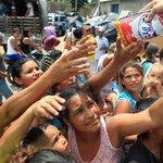 ¿Por qué duele tanto a Uribe Vélez y Pastrana el cierre de la frontera? (+ dólares) http://t.co/xOIcmYMena http://t.co/R9S4Au9chZ °