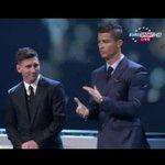 صورة : ردة فعل ميسي عند إعلان فوزه بجائزة أفضل لاعب في أوربا http://t.co/iRd70HX35z