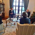 Pdte. @JC_Varela, VP @IsabelStMalo y Min. @DdelaGuardia sostienen reunión con Enrique García, Presidente de CAF. http://t.co/6stPJqb79H