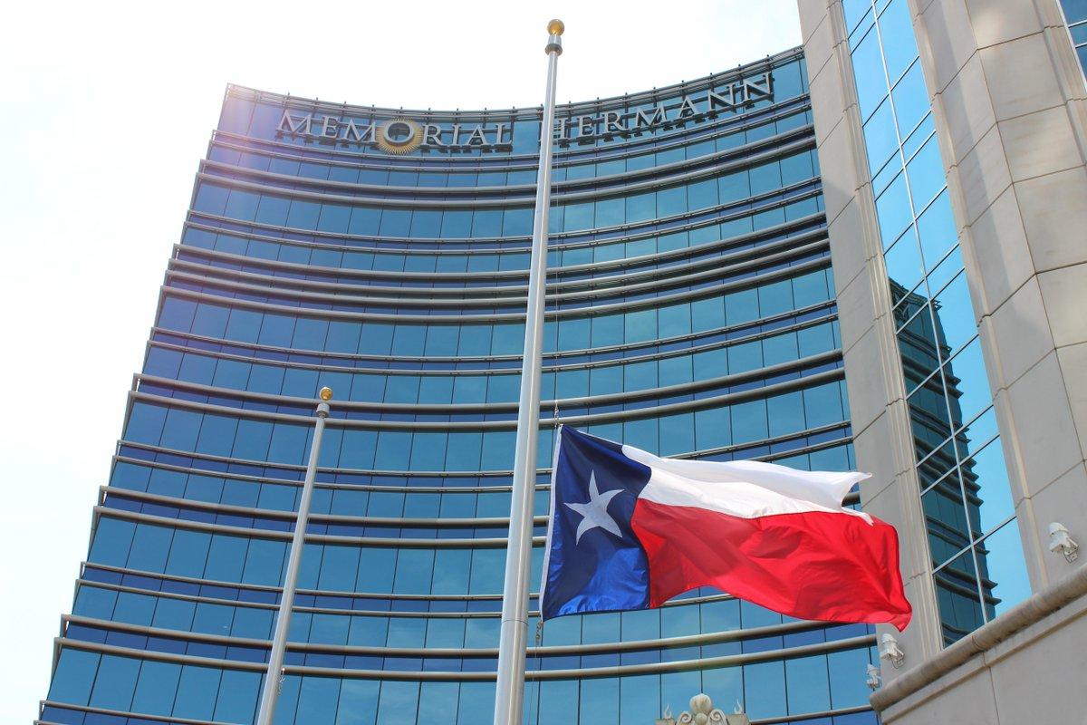 Texas @GovAbbott orders flags at @UTHealth and Memorial Hermann to fly at half-staff in honor of #DrRedDuke http://t.co/OwWaKZZxiR