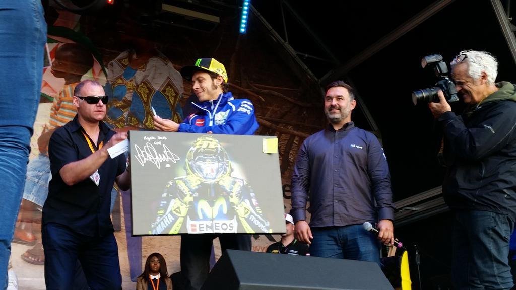 We agree with Vale fantastic pic from @automotophoto and just sold for £2250! #DayofChampions http://t.co/QiFfianDGu