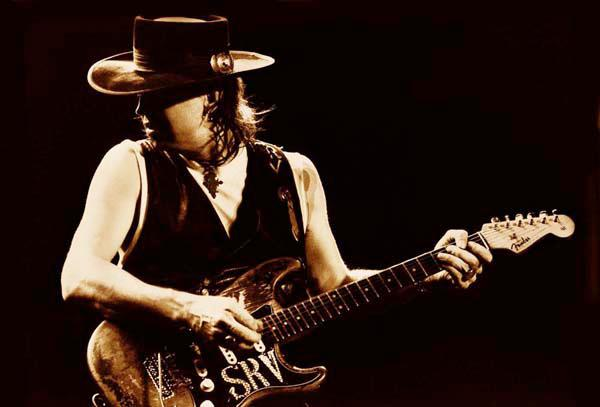 The music world lost a masterful blues guitarist on 8/27/90. Remembering #StevieRayVaughan: http://t.co/AGP9zi0xhp http://t.co/mgSDWPiRjJ