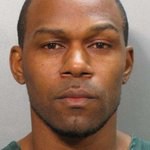 Ruben Ebron charged in alleged escape attempt from jail: http://t.co/lNhtCipoc1 http://t.co/IqghZG21SJ