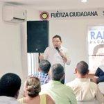 Reunido con gestores culturales de Pescaito y comerciantes del Mercado Público en compañía de @humbertodiazcos. http://t.co/P4IxsSx2hg