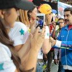 Venezuela no abrirá frontera hasta que Colombia prohíba venta de productos venezolanos http://t.co/pfJSi7T36f http://t.co/eWvi7hiiCh