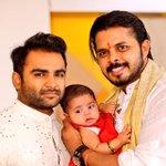 thanks for being thr for me and family @sachiin_sjj sachiin_sjj Nd family @UrvashiiSharma http://t.co/w5ZWUdhb7x