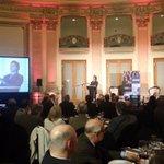 """.@LuisLacallePou """"necesitamos una reunión bilateral sería entre los presidentes de Uruguay y Argentina"""" http://t.co/RrIoLfYfGU"""