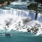 Our next stop for a perfect fall weekend getaway is #NiagaraFalls, Ontario! #TDAeroplan http://t.co/rw17yzP8hr