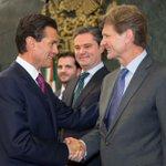 Agradezco al Presidente @EPN por la oportunidad de seguir sirviendo a su gobierno y a México ahora desde @SECTUR_mx http://t.co/Wb4cB10O02