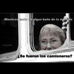 @GirealaDerecha @anamesiac me contaron que hacia la presi mientras los camioneros estaban en la moneda http://t.co/fWyC34iAMI