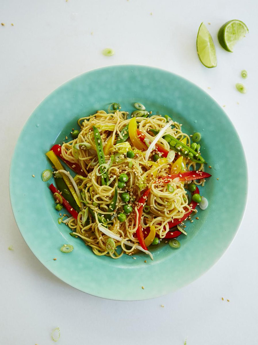 #Recipeoftheday veggie noodle stir-fry. delicious answer to dinner dilemmas. Enjoy http://t.co/pl9aVrNqVK http://t.co/CCtgjeioVH