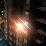 Están ardiendo 2 departamentos! @biobio @canal13 @TVN http://t.co/dd4A04kJkM
