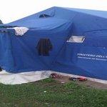 Il prefetto lasci entrare i giornalisti nel campo profughi di Bresso. Due video dall'interno: http://t.co/Dj8YDDayjF http://t.co/qQxVJM08DR