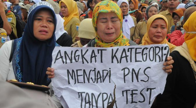 KABAR GEMBIRA Honorer K2 Akan Langsung Diangkat Jadi CPNS Tanpa Tes - AnekaNews.net