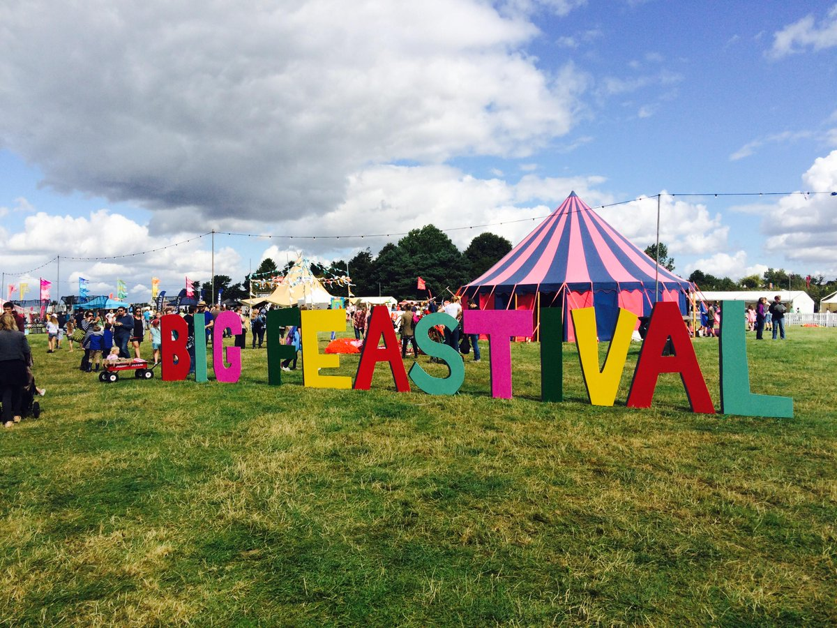 RT @thebigfeastival: Today's the day!! So excited to welcome to finally welcome you all to #thebigfeastival 2015. Happy bank holiday! http:…