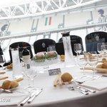 Vivi una Vip experience al #JStadium:il #LegendsClub ti aspetta per Juve-Siviglia(e non solo)! http://t.co/SVmS6blVZC http://t.co/0VKdoDqL6C