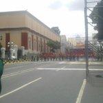 #Ahora [1:13 pm] Así se encuentra Miraflores para recibir la movilización oficialista en respaldo a Nicolás Maduro. http://t.co/Rz6uPlntEj