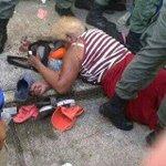 Muere pisoteada en intento de saqueo a Mercal de Sabaneta estado Barinas anciana de 80años Maria Aguirre. #28Ag http://t.co/qsbFSG2gxK