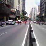 Así va la marcha del oficialismo....... Maduro se está quedando sin pueblo. @antenax2 @ReinaldoProfeta @Yusnaby #28Ag http://t.co/bebelykaGz
