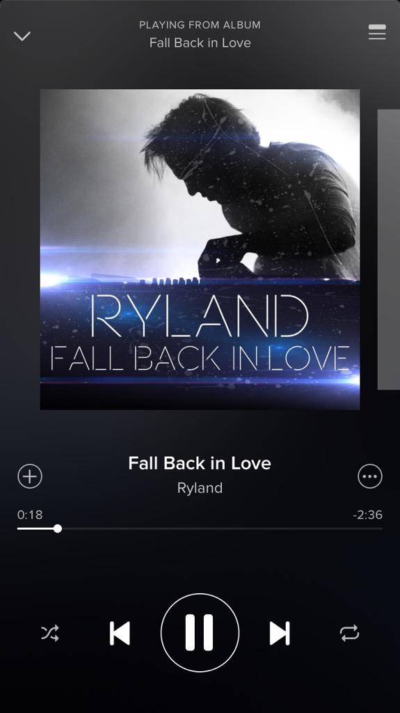 This is so crazy ❤️ #FallBackInLove  It will be on @iTunes soon, something got messed up with the release date. http://t.co/uaT64DbLL7